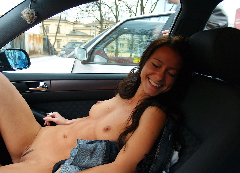 Секс в машине фото русские 21 фотография