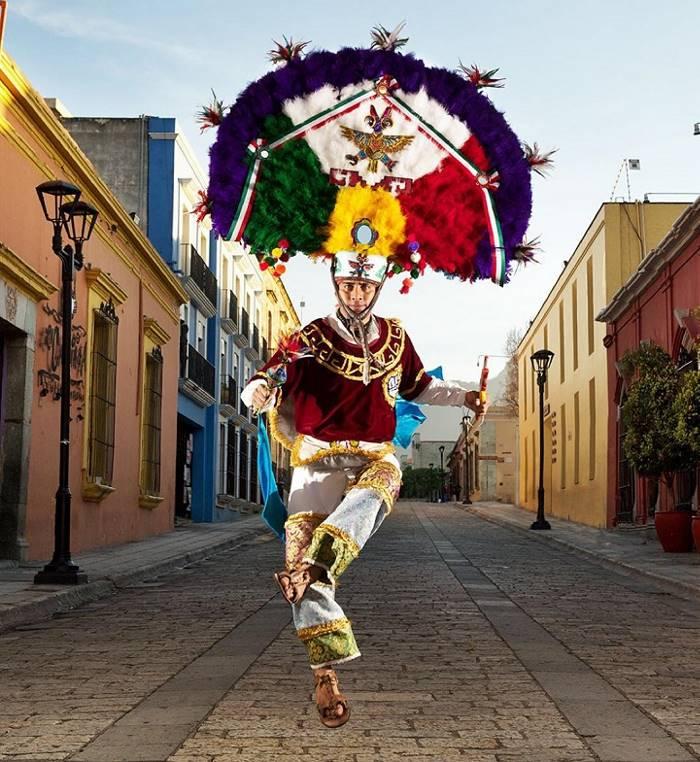 мексиканцы колоритные фото начал рисовать пятилетнем