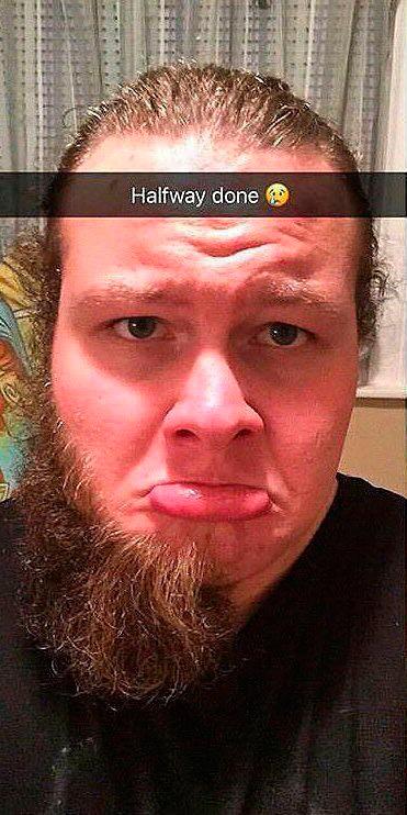 Жена сказала сбрить бороду, потому как она старит (2 фото)