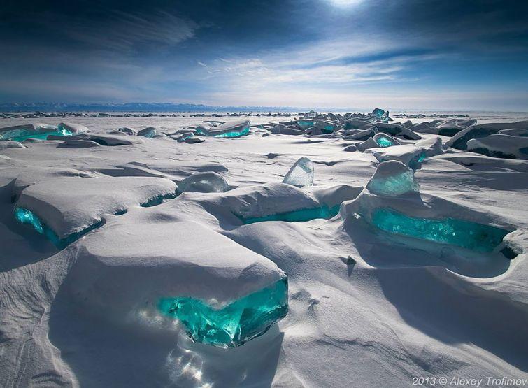 Ледяные скульптуры и снежные узоры, созданные самой природой