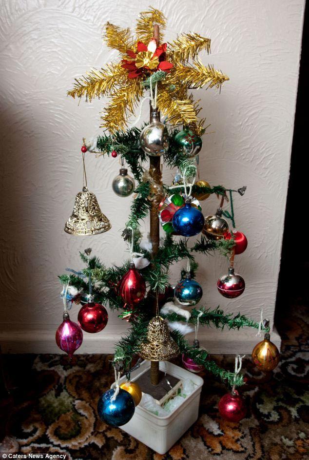 25 худших новогодних украшений и провальных самодельных ёлок (26 фото)