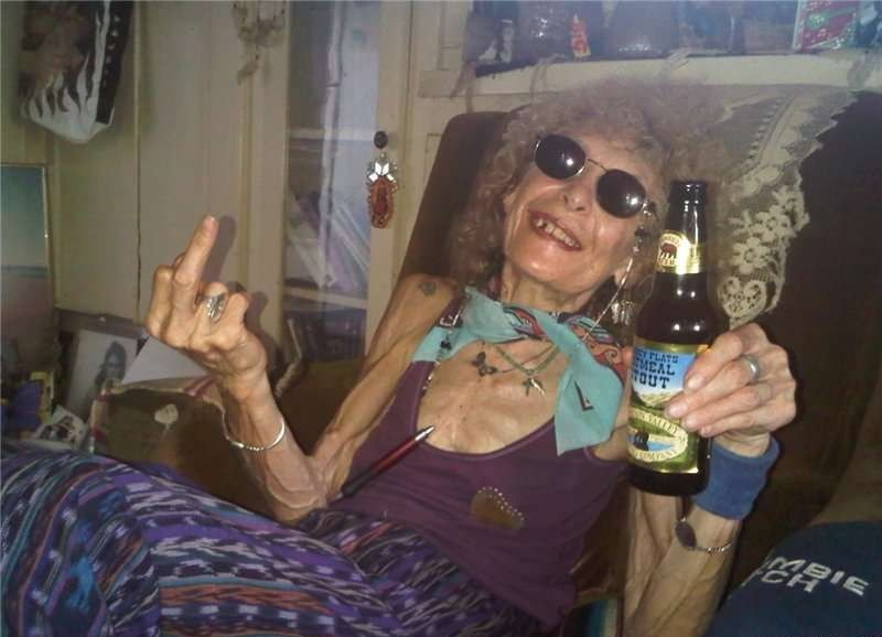 Веселые старушки-хулиганки (40 фото)