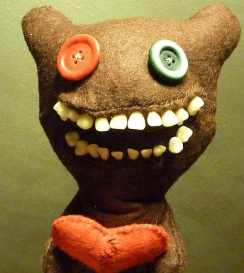 Самые странные и жуткие игрушки (26 фото)