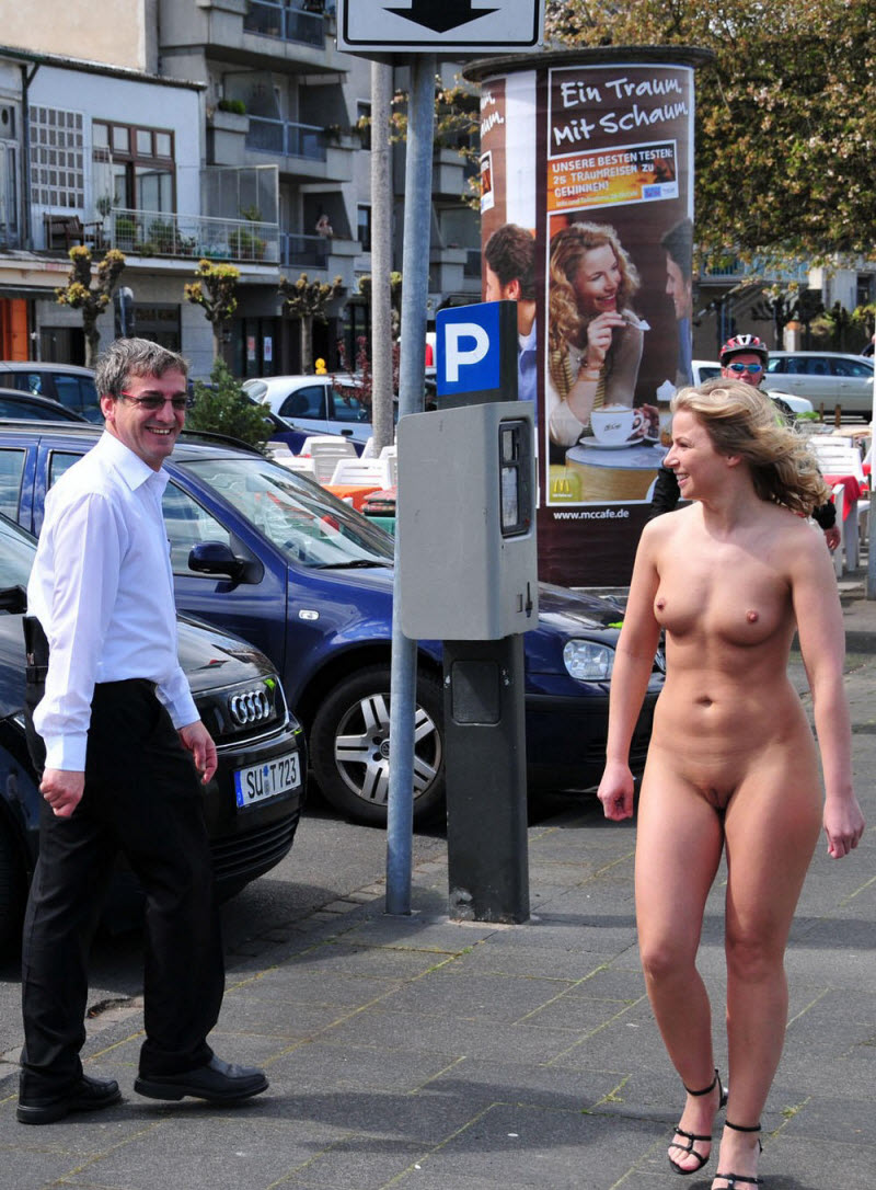 female-exhibitionists-nude