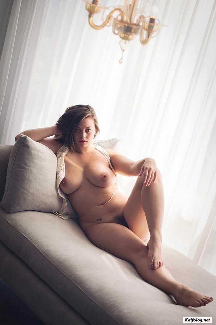 Sexy plus size amateur milf